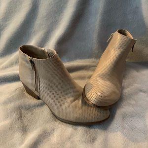 III spirit barley worn ankle boot heel
